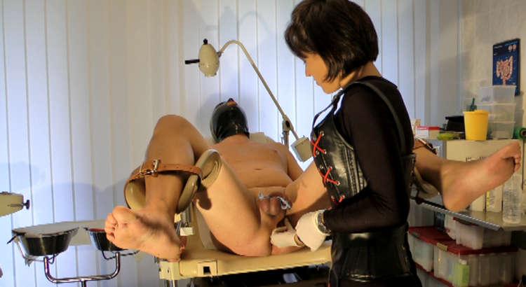 Trasgressiva Mistress per bondage estremo